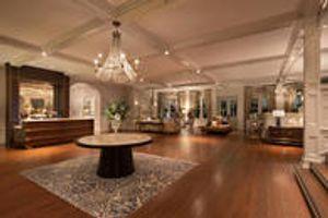 The Belleview Inn Lobby