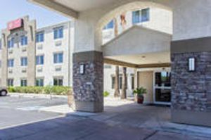 Image 5   Comfort Suites at Tucson Mall