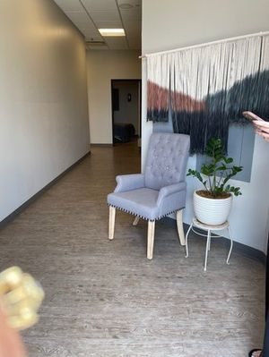 The Glow Method-surprise-AZ-waiting area