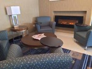 Image 10 | Holiday Inn Express Chicago NW - Arlington Heights