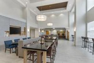 Image 5 | Holiday Inn Express & Suites Sacramento Airport Natomas, an IHG Hotel