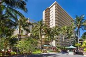 Image 4 | Courtyard by Marriott Waikiki Beach