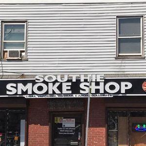 Image 5 | Southie Smoke Shop