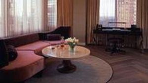 Image 3   Classic Sofa of NYC
