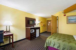 Image 9   Quality Inn & Suites