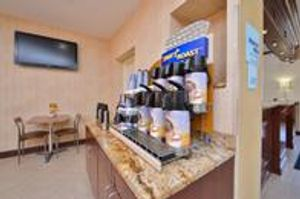 Image 2 | Holiday Inn Express LaGuardia Arpt
