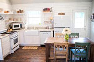 Quarter House Cottage Kitchen