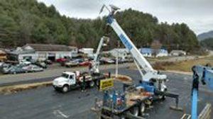 Image 7 | Eleas Sign Repair  and  Crane Service