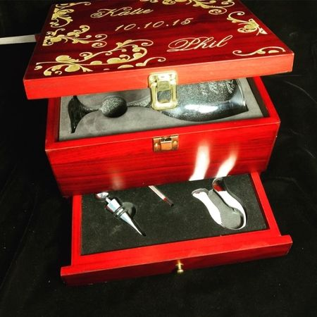 Engraved and gold leafed top, laser engraved and sandblasted. Plus 5 reason Wine connoisseur will love this box.