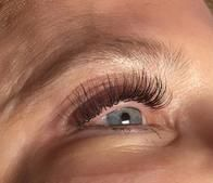Beautify your lashes with eyelash extensions!