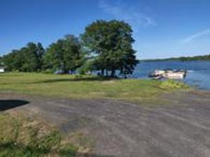 lake champlain vermont beach front RV campground site and boat slips on keeler bay vermont