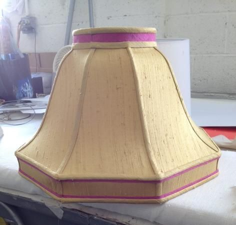 A Shade Better is the premier lamp shade store in Lyndhurst, OH, and the surrounding areas.