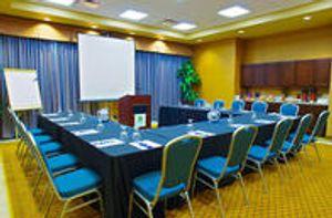 Image 5 | Holiday Inn & Suites Phoenix Airport, an IHG Hotel