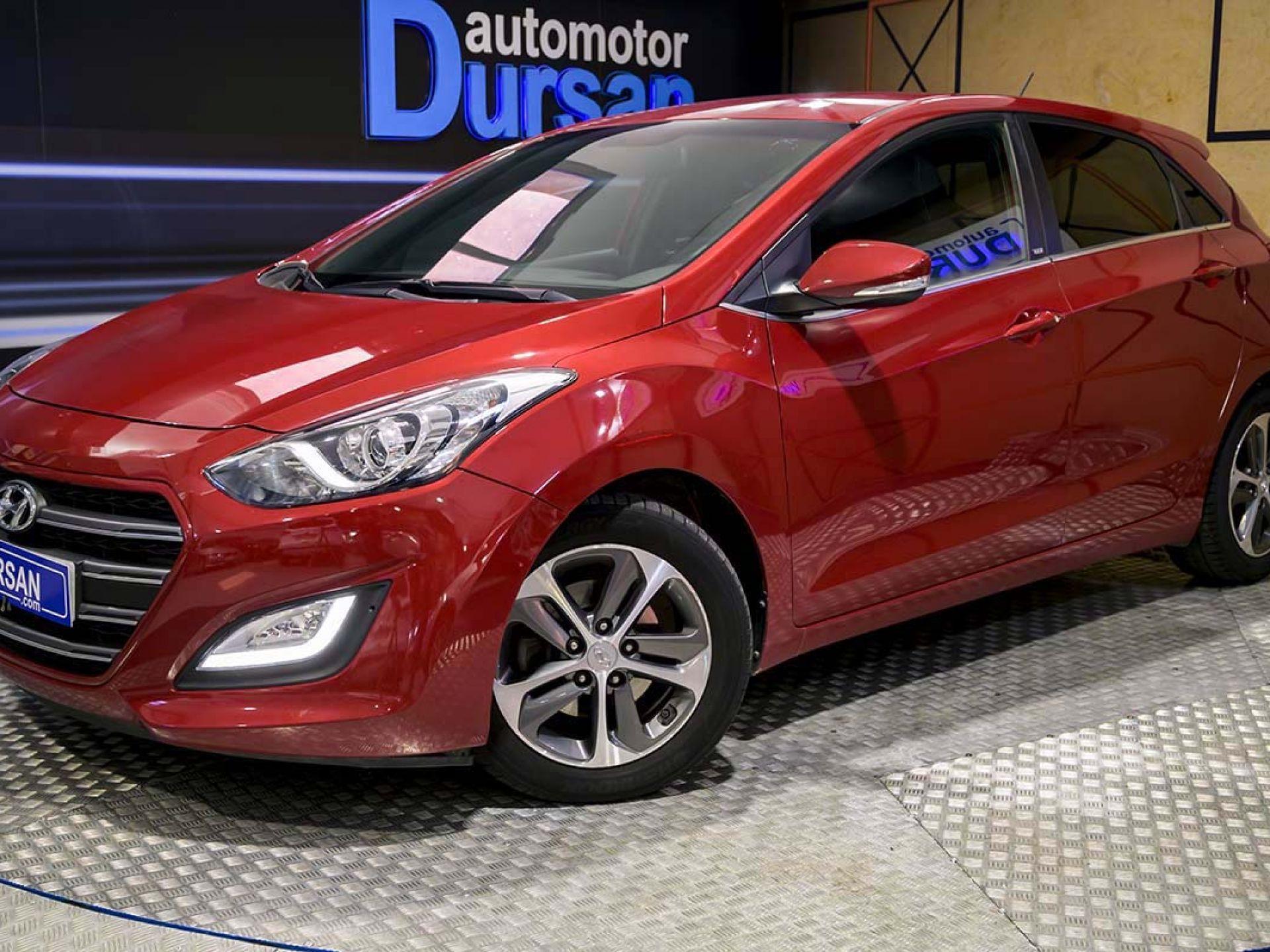 Hyundai i30 ocasión segunda mano 2017 Diésel por 12.990€ en Madrid