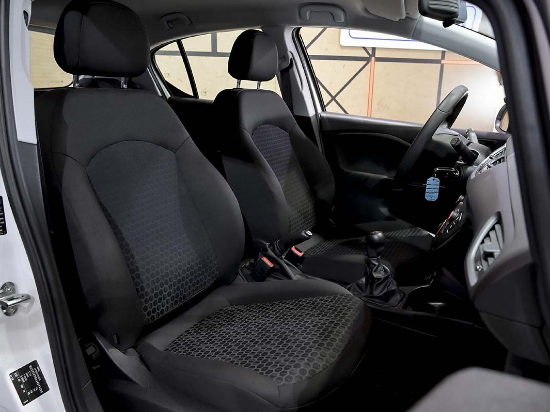 Foto Opel Corsa 43