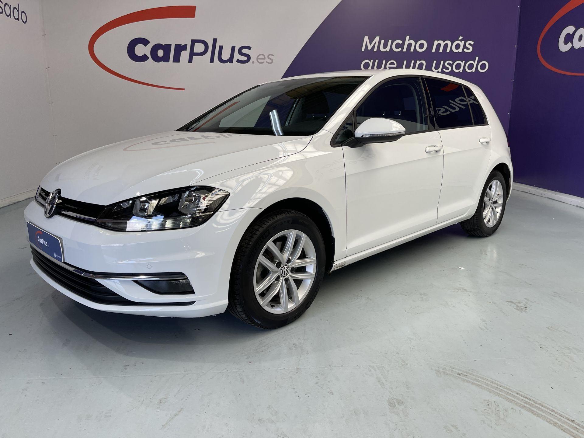 Array Volkswagen Golf 2017 Gasolina por 15.990€ en Madrid
