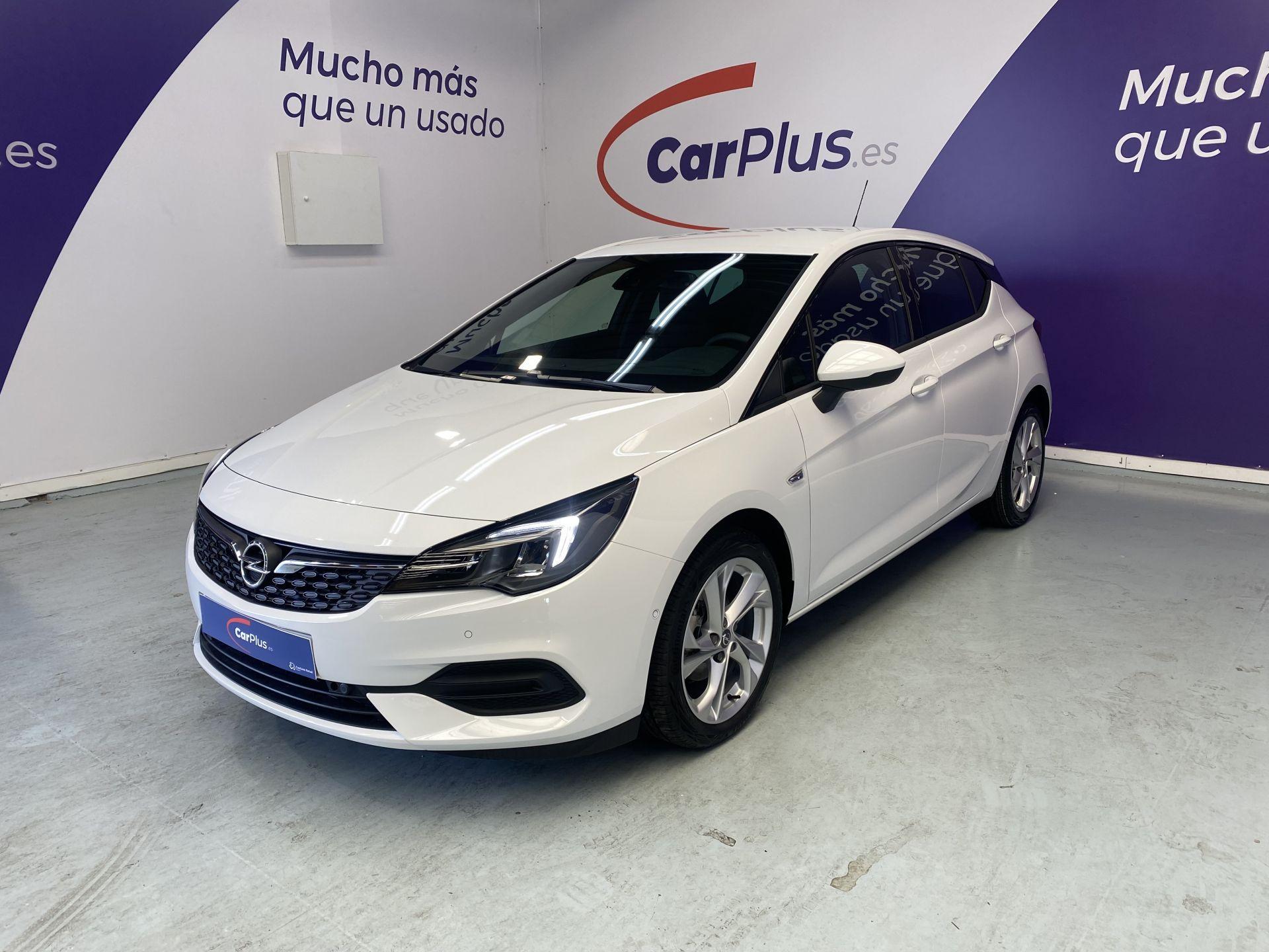 Opel Astra ocasión segunda mano 2021 Diésel por 17.990€ en Madrid
