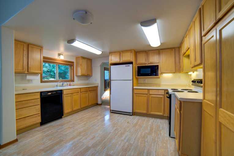433 32nd Street Glenwood Springs Photo 3