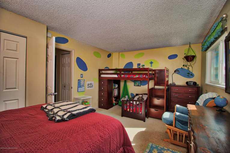 621 S. 2nd Street N Carbondale Photo 10