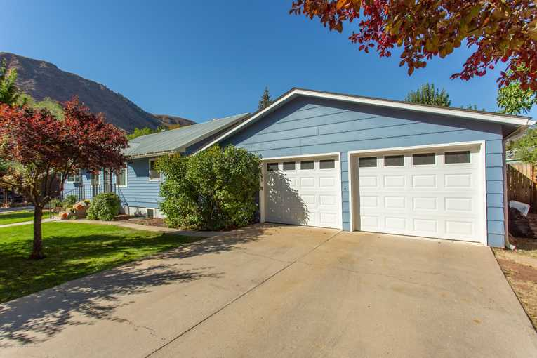 413 32nd Street Glenwood Springs Photo 5