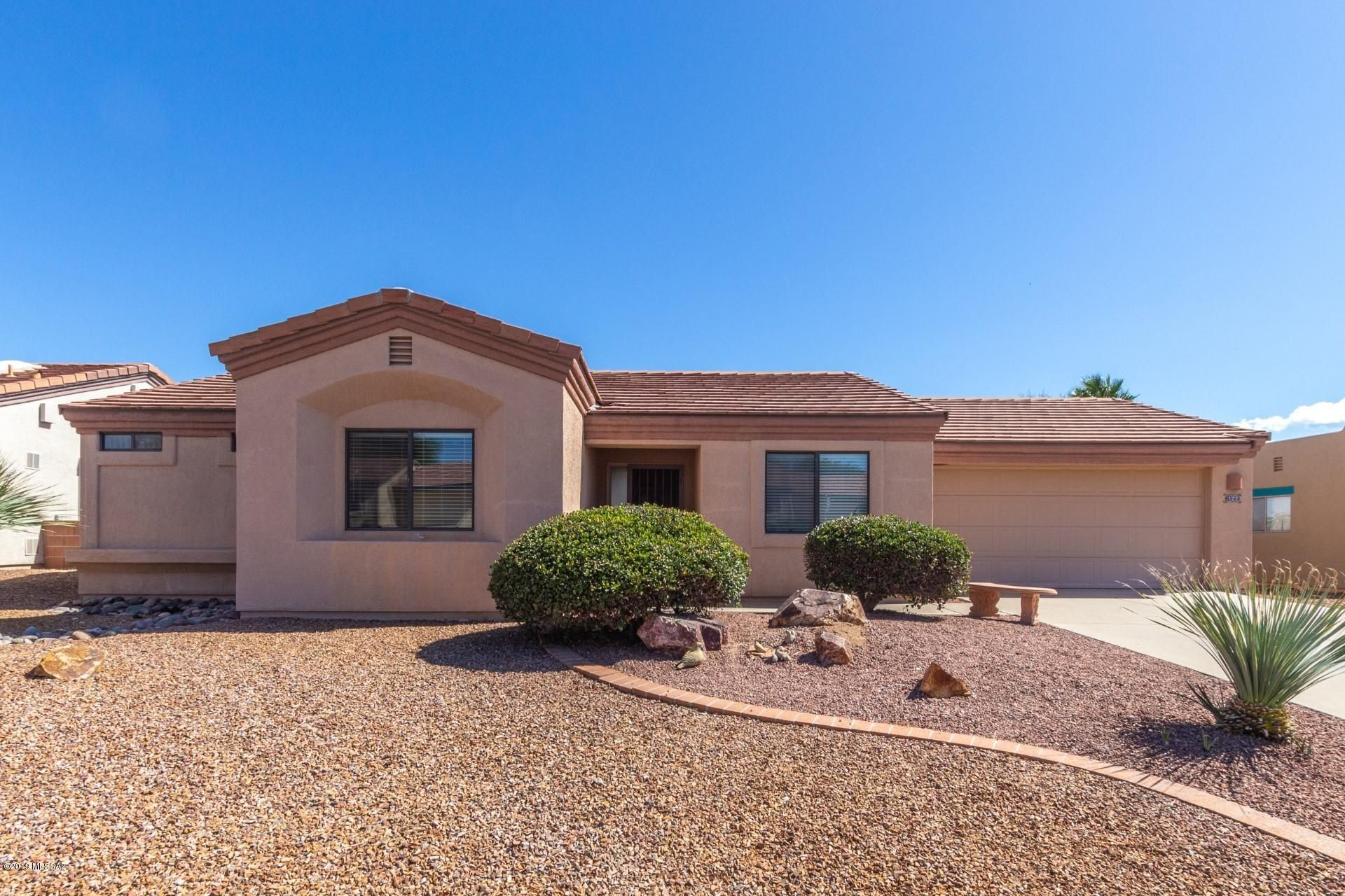 122  N Wellspring   Drive Green Valley AZ 85614