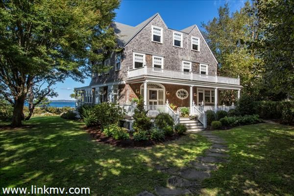 1153 Main Street  Vineyard Haven