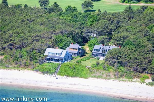348 Sea View Avenue  Oak Bluffs