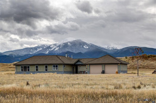 4 Beyond Yellowstone Trail  Livingston