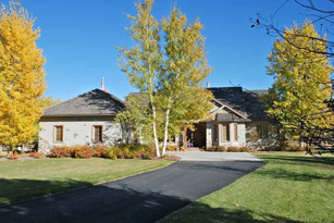 125 W Hitching Post Road  Bozeman