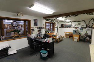 110 N Canyon Street 4 West Yellowstone