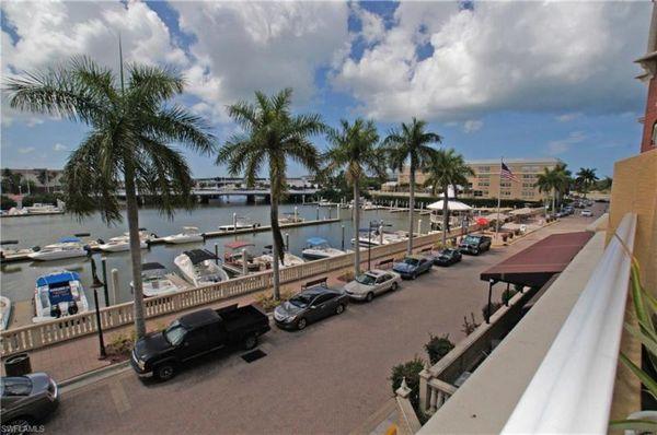 451 Bayfront Pl #5209, Naples, Fl 34102