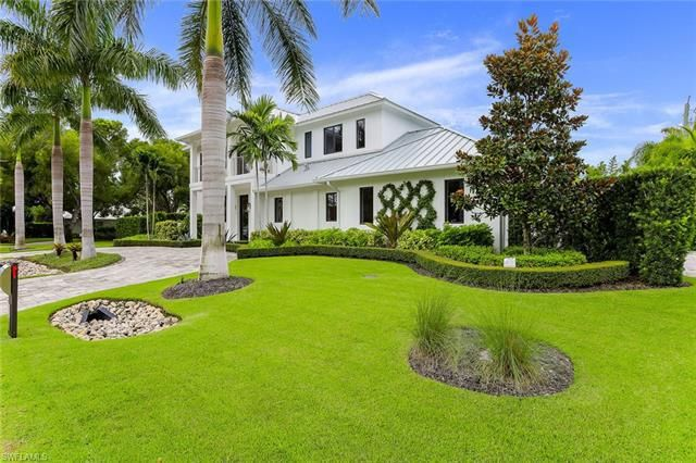 621 N 7th St, Naples, Fl 34102
