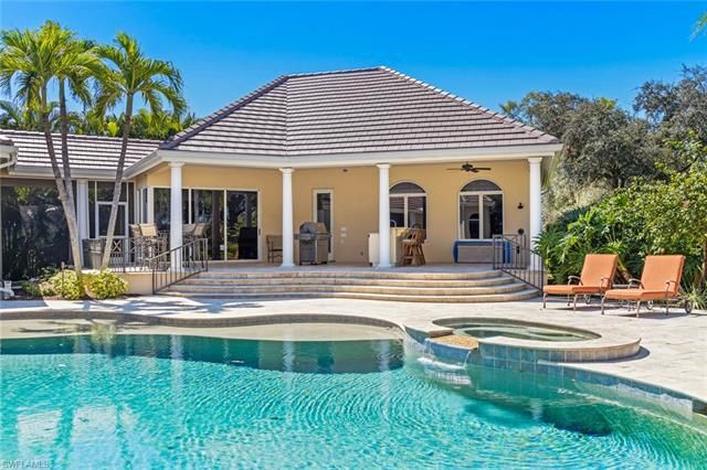 6963 Verde Way, Naples, Fl 34108