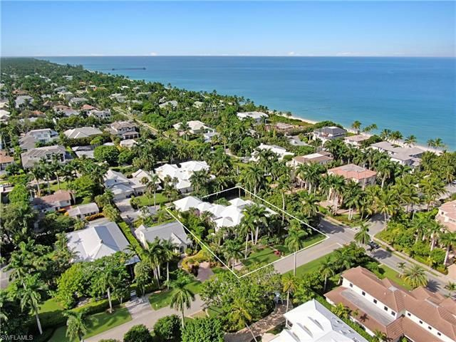 141 S Gulf Shore Blvd, Naples, Fl 34102