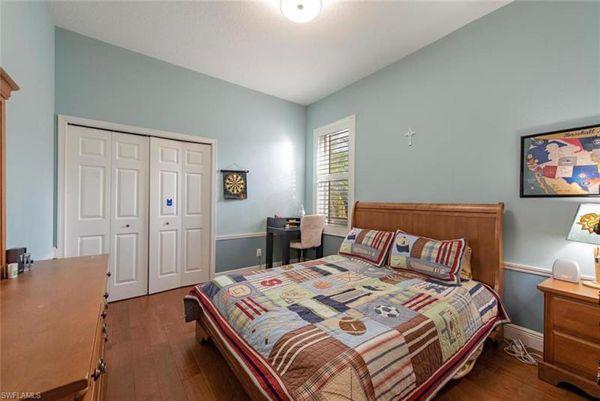 2652 White Cedar Ln, Naples, Fl 34109