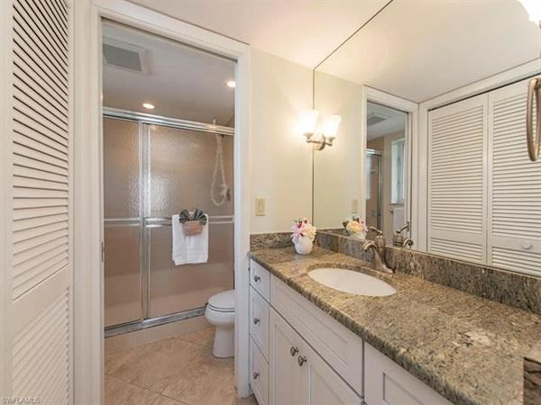 295 S 5th Ave #2a, Naples, Fl 34102