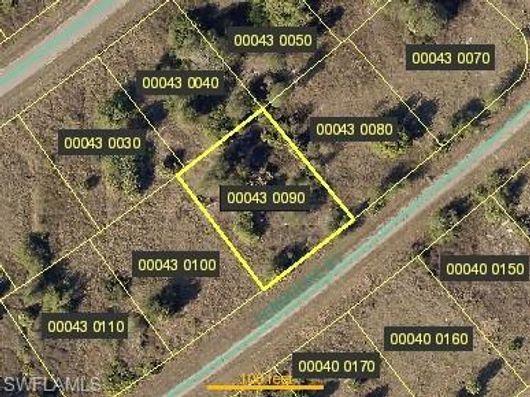 317 Pembroke St, Lehigh Acres, Fl 33974