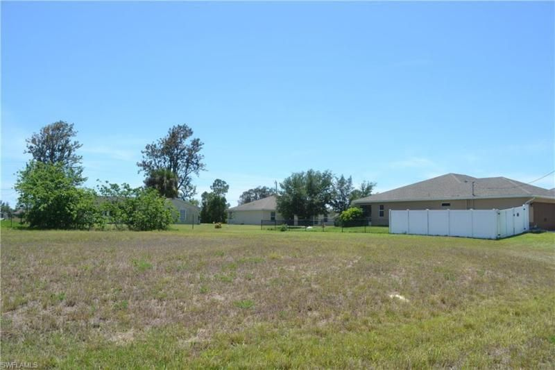 2000 Nw 17th Street, Cape Coral, Fl 33993