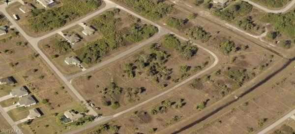 310 Partridge St, Lehigh Acres, Fl 33974