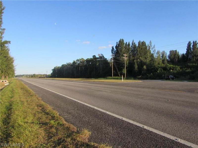 2810 Sw Pine Island Road, Cape Coral, Fl 33991