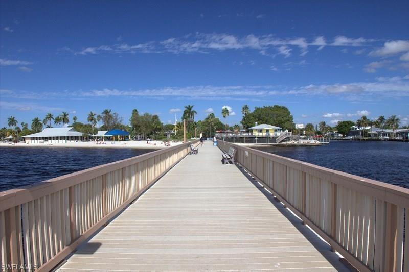 4156 Ne 9th Place, Cape Coral, Fl 33909