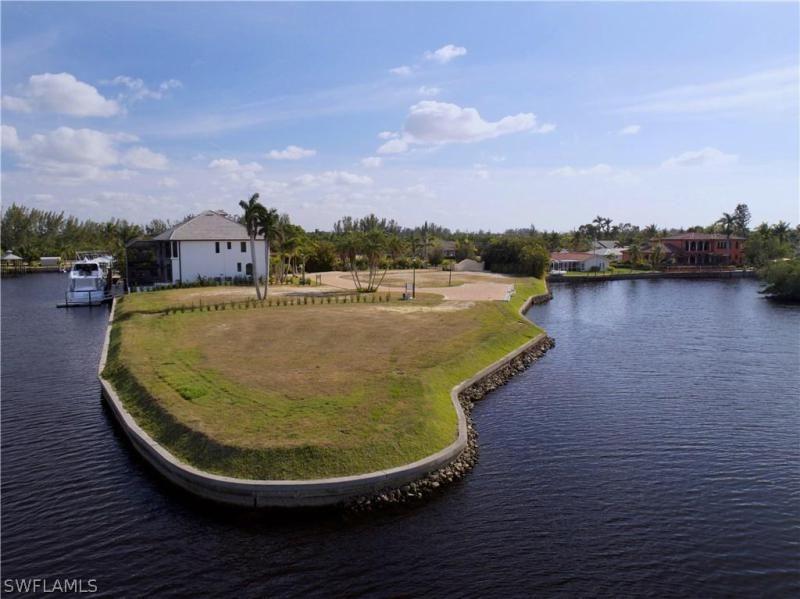 14210 Bay Dr, Fort Myers, Fl 33919