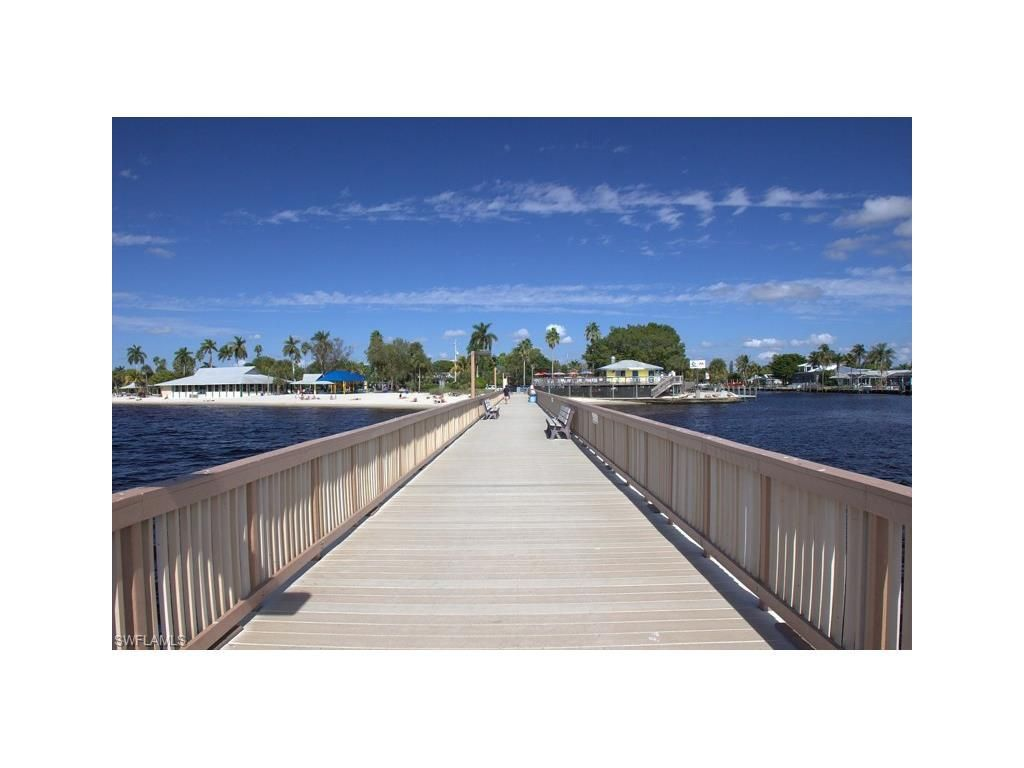 2004 Nw 15th Place, Cape Coral, Fl 33993