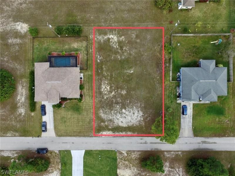 2201 Nw 23rd Terrace, Cape Coral, Fl 33993