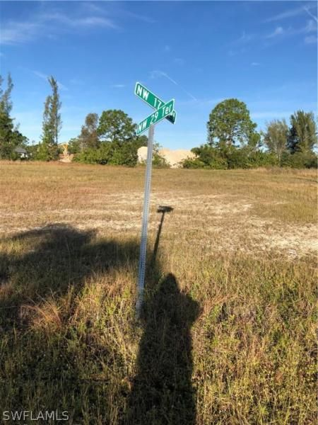 2912 Nw 17th Place, Cape Coral, Fl 33993