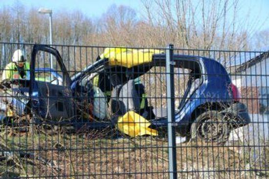 +++ Einsatz Nr: 31 - Verkehrsunfall, eingeklemmte Person +++