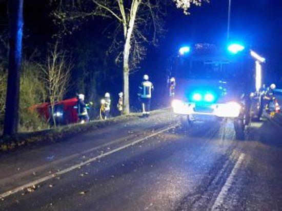 +++ Einsatz Nr: 22 - Verkehrsunfall eingeklemmte Person +++