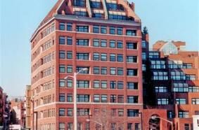 300 Commercial Street 402