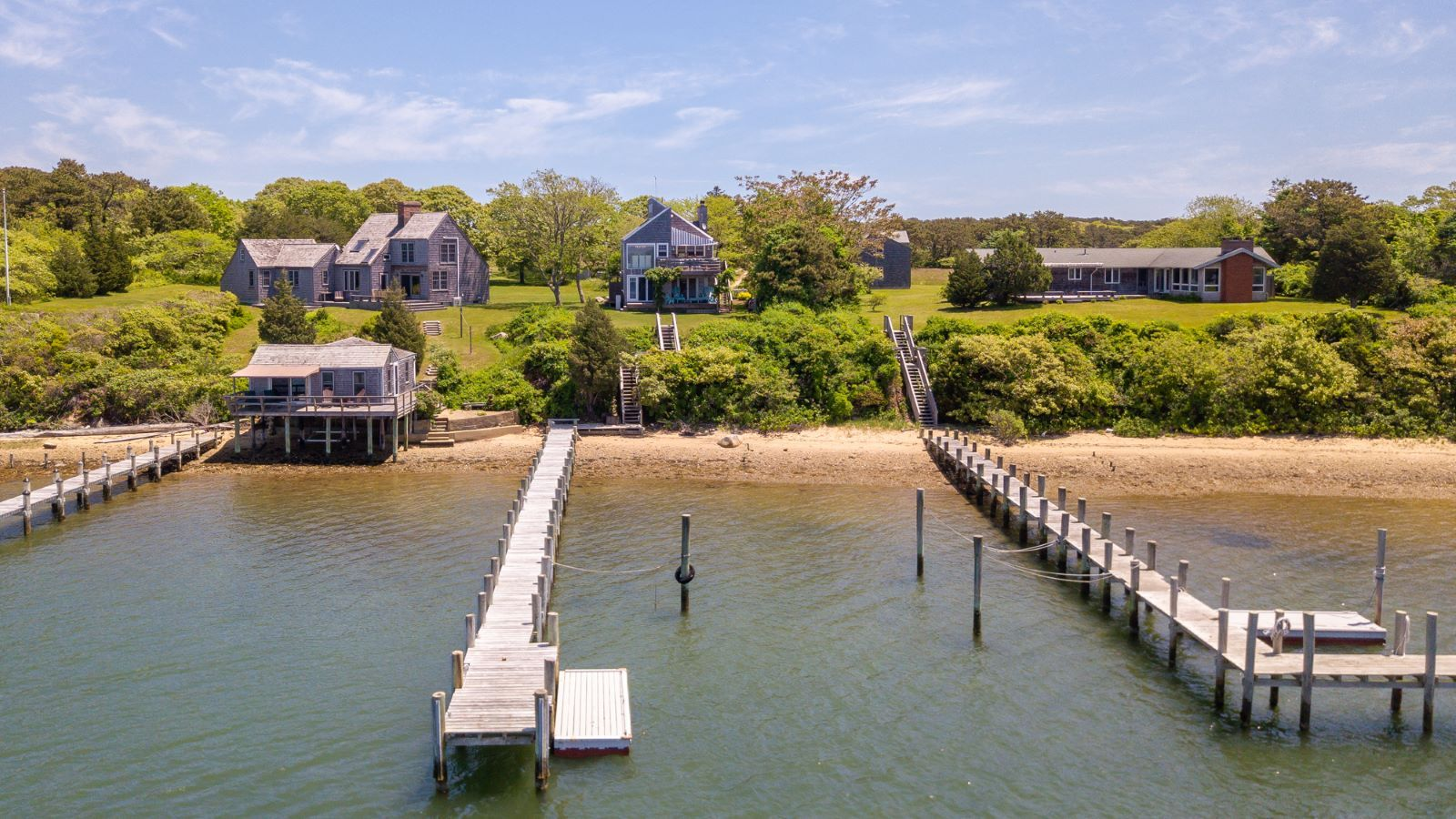26 Caleb Pond Road Edgartown Photo