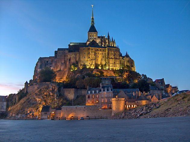 Замок Мон-Сен-Мішель - один з найромантичніших замків старого світу (19)